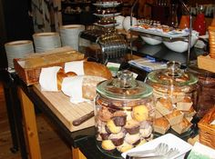 Zurich Marriott Hotel - Breakfast Buffet with Mini #Muffins