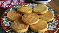 Gluten Free Harcha Recipe - Moroccan Pan-Fried Cornmeal Flatbread: Gluten Free Moroccan Harcha with Cornmeal Evening Snacks, Afternoon Snacks, Olives, Algerian Recipes, Cakes For Women, Roasted Almonds, Gourmet Recipes, Food Print, Yummy Treats