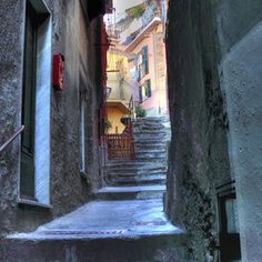 Alley in Vernazza