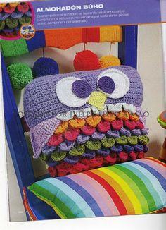 Cute owl pillow!! Ivelise Feito à Mão: Decoração Em Crochê! Almofada Corujinha Colorida!