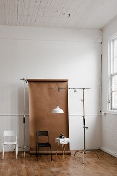 The Portland Studio. The Portland Studio. Art Atelier, Photography Studio Spaces, Home Photo Studio, Studio Backdrops, Photo Backdrops, Backdrop Ideas, Studios Architecture, Architecture Art, Studio Lighting