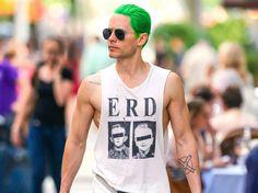 Jared Leto con el cabello verde