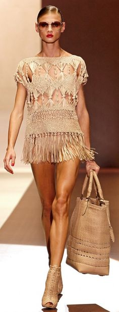 Macrame at Gucci, S/S 2011, and look at those  legs    http://OceanviewBLVD.com   http://twitter.com/TreyPeezy
