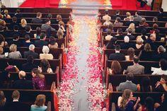 Ombre rose petal aisle runner / www.keelythorne.com / Brooke Schwab Photography