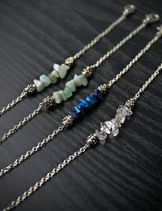 Have you always dreamed of designing your own jewelry? Well stop dreaming and start doing with Jewelry Making for Beginners: 11 Beginner Jewelry Projects! Master jewelry making techniques while learning how to make bracelets, necklaces, and earrings. * Want to know more, click on the image. #FineJewelrytips #howtomakejewelryforbeginners