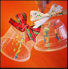 Kerstversiering maken in de klas met waardevol kosteloos materiaal!
