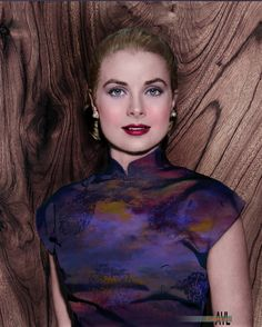 Colorized photo of Grace Kelly at the Foreign Press Awards, Hollywood Photo, Old Hollywood Glamour, Vintage Hollywood, Classic Hollywood, Blond, Princess Grace Kelly, Colorized Photos, Star Wars, Celebrity Portraits