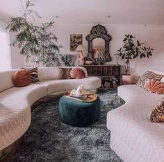 Bohemian Decorating Ideas For Boho Chic Lovers Living Room Inspiration, Home Decor Inspiration, Home Living Room, Living Room Decor, Ideas Para Organizar, Chula, Retro Home, New Room, Decoration
