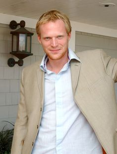 Paul Bettany.