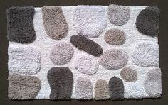TAPPETO DA BAGNO COTONE MORBIDO SASSI Tappeto da bagno con morbidissimi sassi di cotone in rilievo che ne rendono ancor più piacevole il calpestio. I ciuffi di cotone non si sfilano e non fanno polvere. Dimensioni: 50x80cm Materiale: 100% Cotone. L'ideale come sotto-lavandino da bagno. Lavabile in lavatrice a 40C°. Stirabile. http://www.ebay.it/itm/TAPPETO-DA-BAGNO-COTONE-MORBIDO-SASSI-/272335438462?ssPageName=STRK:MESE:IT