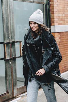 NYFW-New_York_Fashion_Week-Fall_Winter-17-Street_Style-Rodarte_Model-Beanie-