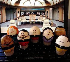 Geek Out Over These 22 Nerdy Easter Eggs - Star Trek: The Next Generation | Guff