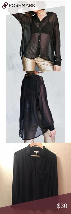 Silence and Noise Ace Sheer high/low Bottom Up! Silence + Noise. Sheer. Black. Bottom up. Perfect condition. silence + noise Tops Button Down Shirts