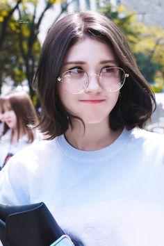 Jeon Somi Woman Jackets and Blazers womans fleece jacket Jeon Somi, Kpop Girl Groups, Kpop Girls, Korean Girl, Asian Girl, Girl Photography Poses, Ulzzang Girl, K Idols, Girl Crushes