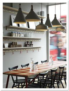 The Bedlam of Beefy: London Calling: La Petite Bretagne Retail Design