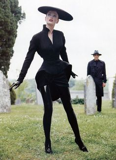pinterest: geminoir  | Thierry Mugler Fashion Vintage