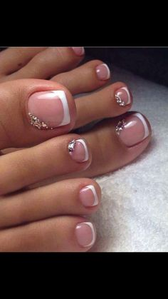 Pretty Pedicures Toe nail art French tip with rhinestones #PedicureIdeas