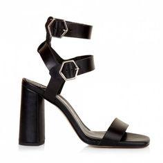 Sante πέδιλο δέρμα τόκες μαύροαπό δέρμα.Το τακούνι του είναι ντυμένο από δέρμα και έχει ύψος 9 εκ.Διαθέτει εσωτερικό αφρώδη δερμάτινο πατάκι. Women Wear, Sandals, Heels, Shopping, Fashion, Heel, Moda, Shoes Sandals, La Mode
