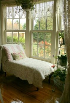❥ I want a room like this in my home~ big windows, lots of light and a garden view... *sighs*