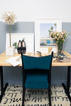 Make no mistake: even if you consider yourself the most seasoned Pinterest-fuelled decor obsessive, decorating an office is HARD.