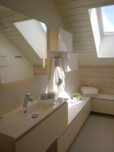 Modern skandinavian white bathroom in logh house Finnish Housing Fair 2015. Designed by Hanna-Marie Naukkarinen