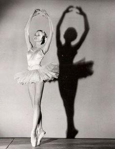 Юная балерина Брижит Бардо | СПЛЕТНИК