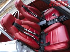 130 0702 04 z+1968 nissan datsun 2000 fairlady+interior view red leather miata seats