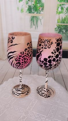 This sale is for a set of 2 ,20z wine glasses animal print with ombre tones from white,tan to pink please select the tone of ombre color of choice at the moment of purchase. thank you Visit The Muse Creations Facebook page. Here is a beautiful hand painted wine glass set of 2. This is an original design, each glass is individually hand painted and signed by The Muse Creations (facebook page) . Artist Kristina Cat Bruno is an Italian painter and artist, she has published several childrens...