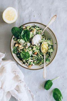 Green detox quinoa salad with spring herbs, broccoli, avocado, ginger and matcha - Kimberly Mitchell Salad Recipes Healthy Eating Habits, Healthy Salads, Avocado Salads, Healthy Lunches, Detox Recipes, Salad Recipes, Broccoli Recipes, Stop Eating, Clean Eating