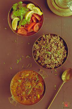 Ulunthu Sadham - Kondakadalai Kara Kuzhambhu  Black Dal Rice - Black Chickpeas Spicy Curry