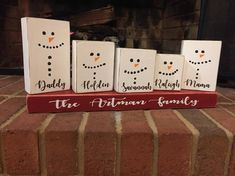Christmas gift Snowman Snowmen Snowman Family Christmas gift Christmas Snowman family Rustic C Christmas Wood Crafts, Family Christmas Gifts, Teacher Christmas Gifts, Snowman Crafts, Homemade Christmas Gifts, Christmas Signs, Rustic Christmas, Christmas Projects, Winter Christmas