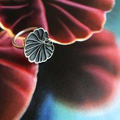 WILDARIA • Håndlagde sølvsmykker inspirert av naturen Silver Jewelry, Silver Rings, Handmade Silver, Heart Ring, Photo And Video, Instagram, Videos, Photos, Pictures