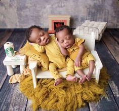 Newborn Photo Props, Newborn Photos, Baby Photos, Natural Baby, Textile Art, Needle Felting, Newborn Photography, Fiber Art, Squirrel