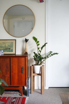 42 Unique, Decorative Plant Stands For Indoor