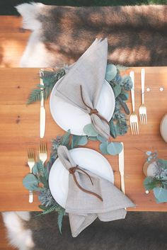 Autumn Entertaining: A Delicious Paleo Lunch with Sweet Laurel Bakery – Rip & Tan Lunch Table Settings, Table Centerpieces, Table Decorations, Autumn Table, Wedding Place Settings, Table Set Up, Deco Table, Wedding Table, Reception Table