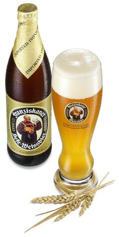 Franziskaner Weissbier (Francis Connor) With a slice of lemon, delish beer Some Recipe, Best Beer, Cool Stuff, Delish, Wicked, Lifestyle, Awesome, Root Beer, Wine