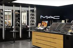 Mac store on behance makeup retail display design in 2019 Shop Front Design, Garage Design, Mac Store, Business Fonts, Wall Decor Quotes, Retail Store Design, Shop House Plans, Shop Interior Design, Display Design