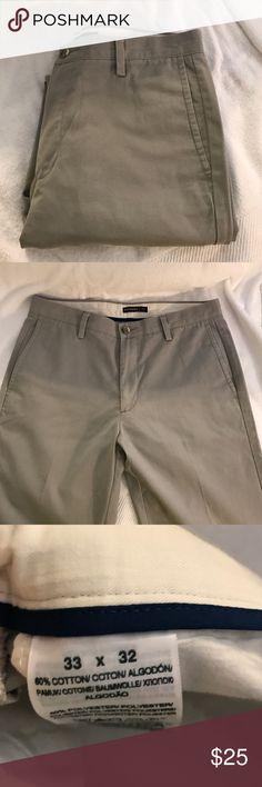 EUC Levi's Dockers Dress Pants Size 33x32 Only worn once Levi's Dockers Flat Front Dress Pants. Size 33x32 Dockers Pants Chinos & Khakis