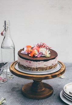 Frozen mainly raw choco & raspbery cheese cake - For someone special!