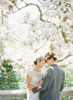 Gorgeous e-sesh: http://www.stylemepretty.com/2013/05/16/new-york-city-engagement-session-from-kt-merry/ | Photography: KT Merry - http://www.ktmerry.com/