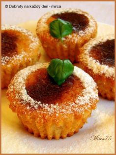 Recept Voňavé jablkové muffiny s medem, autor: mirca. Czech Recipes, New Recipes, Ethnic Recipes, Onion Rings, Learn To Cook, Brownies, Cheesecake, Cupcakes, Baking