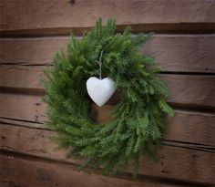 All Things Christmas, Christmas Time, Christmas Wreaths, Christmas Crafts, Christmas Decorations, Xmas, Holiday Decor, Wreath Crafts, Christmas Inspiration
