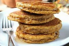 The Lipstick Lounge  : Oatmeal Protein Pancake Recipe  Ingredients:1/4 cu...