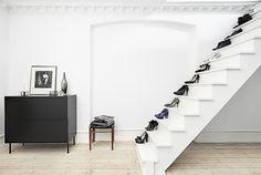 STILETTO STAIRS