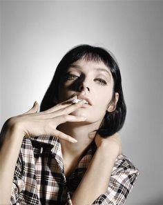 Marie Laforêt by Sam Levin Smoking Ladies, Girl Smoking, Charles Trenet, Betty Brosmer, Women Smoking Cigarettes, Delon, Up In Smoke, Portraits, Portrait Ideas