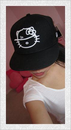 Hello Kitty Hat.