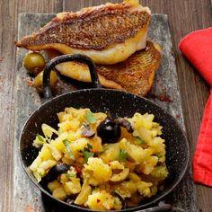 Daurade rôtie, purée de pommes de terre aux olives