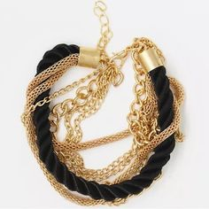 Black Bracelet Gold and black bracelet... BRAND NEW !!!!             ☄FIRM ON PRICE☄          NO TRADES Jewelry Bracelets