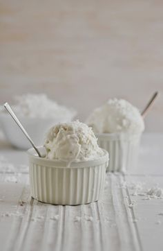 Anja's Food 4 Thought: Coconut Frozen Yogurt