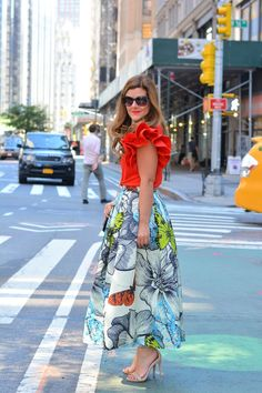 A Lily Love Affair: A Tourist in New York || Vol.1    @Chicwish butterfly maxi skirt, @chicwish ruffle sleeve top, @stevemadden nude heels     #summerstyle #maxiskirt #streetstyle